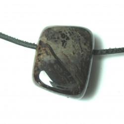 Trommelstein gebohrt Mangan-Erz