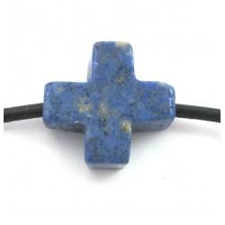 Kreuz gebohrt Dumortieritquarz 15 mm