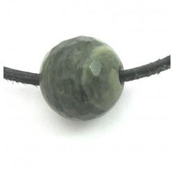 Kugel Chloritquarz facettiert gebohrt 12 mm