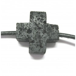 Kreuz gebohrt Lava 15 mm