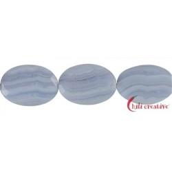 Strang Linse gedreht Chalcedon (blau) facettiert 35 x 25 mm