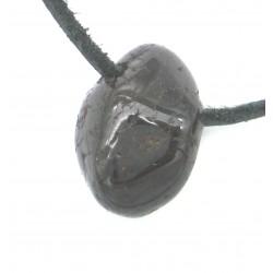 Trommelstein gebohrt Granat rot Größe S