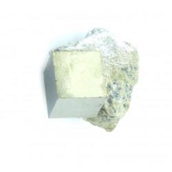 Pyrit Würfel in Matrix 2-3 cm 1 Stück