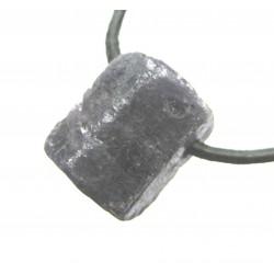 Safir Rohstein Kristall gebohrt 1,5-2 cm