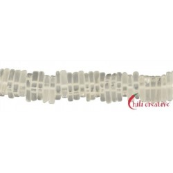 Strang Dreieck flach Bergkristall matt 3 x 11mm