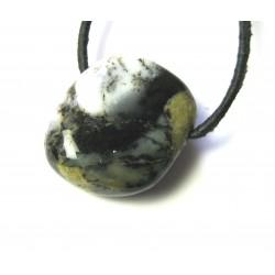 Trommelstein gebohrt Achat Dendriten