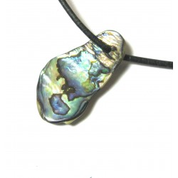 Trommelstein gebohrt Paua-Muschel